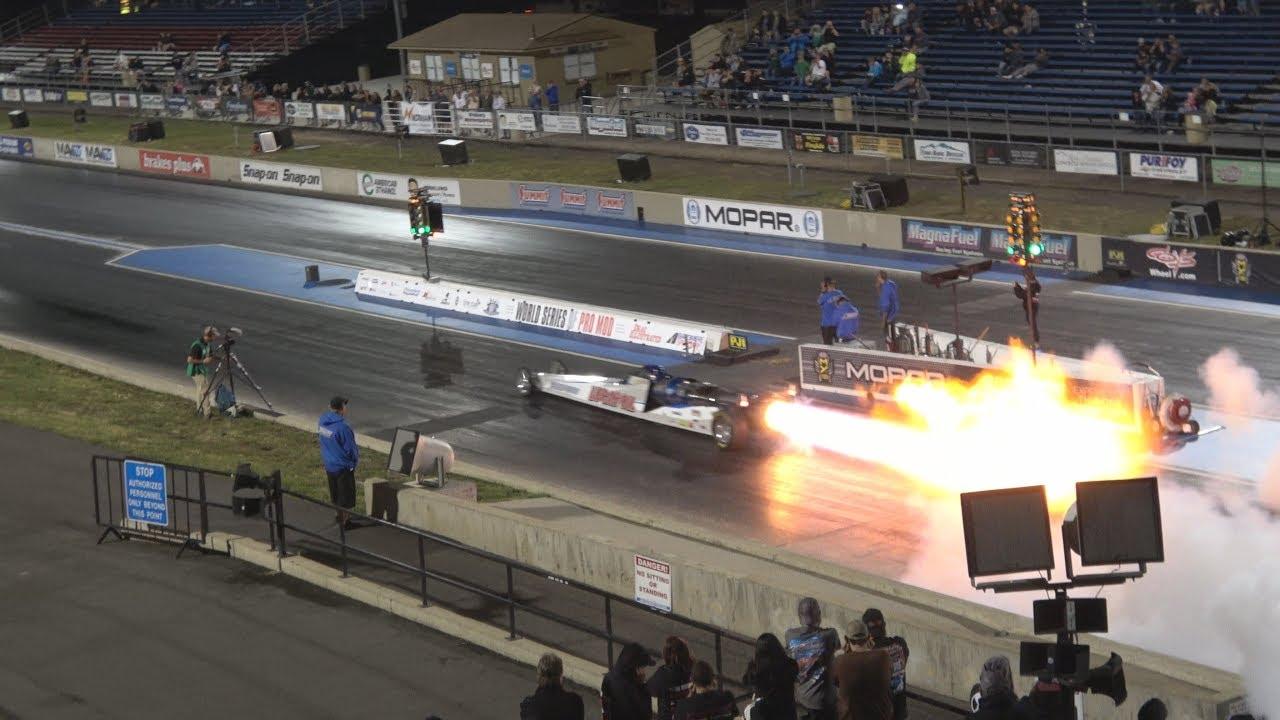 Jetcar flies down the track at Bandimere!   4K